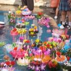 Festivals: Loy Krathong